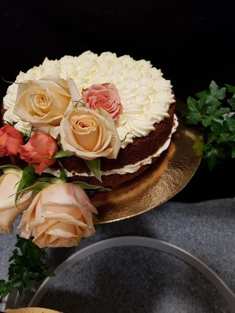 Gulrotkake, bryllupspyntet 3